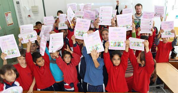 Students of EMU Organised Social Responsibility Projects for Elementary School Students